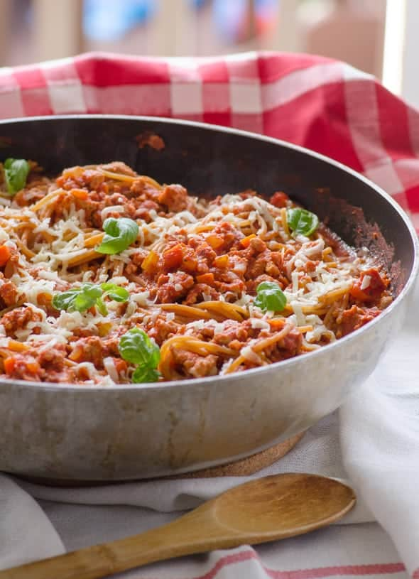 One-Two-Skillet-Cheesy-Spaghetti-Bolognese