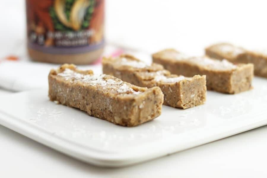 Vanilla Chickpea Protein Bars (No-Bake) | Hummusapien