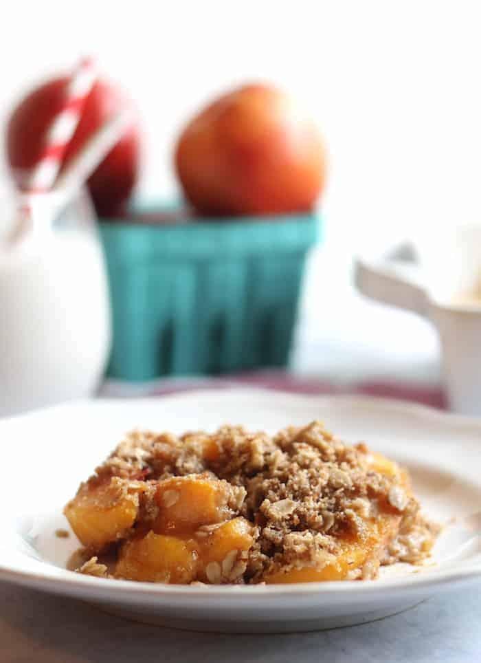 Easy Healthy Peach Crisp #vegan #glutenfree