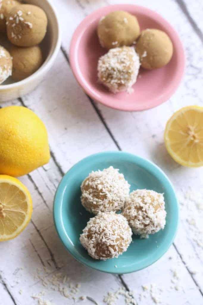 Lemon Coconut No-Bake Bites #paleo #vegan #glutenfree