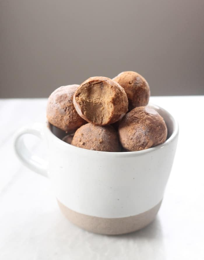 Peppermint Chocolate No-Bake Bites (Paleo + Vegan)