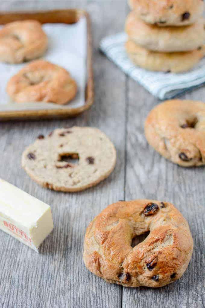 Cinnamon Raisin Bagels 1 (1)