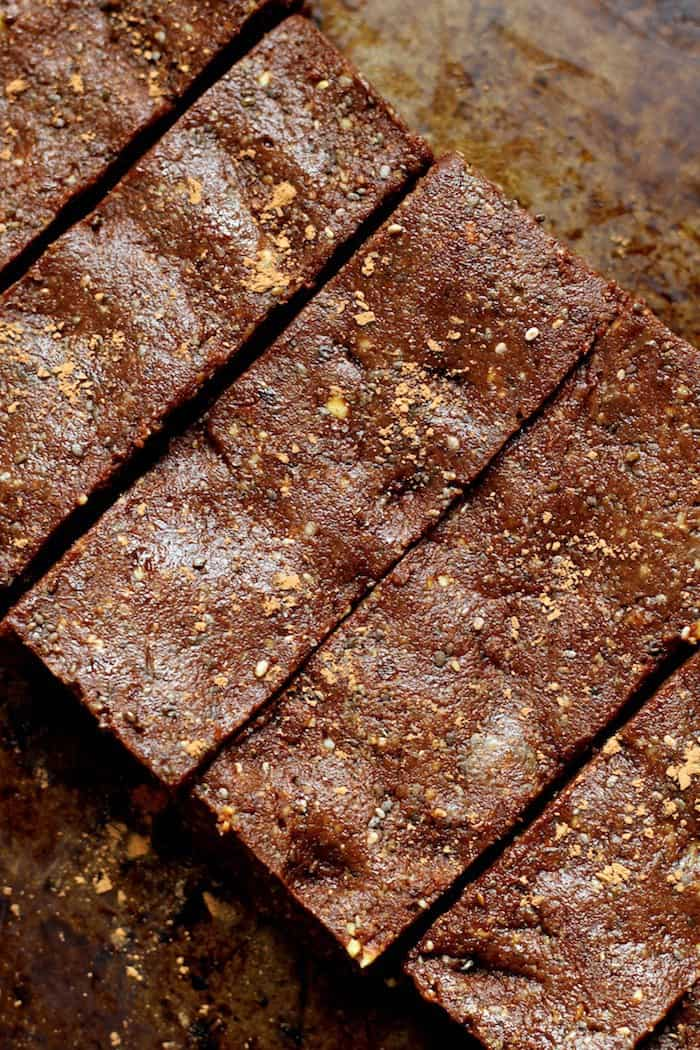 These Vegan No Bake Salted Fudge Protein Bars make the perfect snack....naturally sweetened, kid-friendly, and ZERO added sugar or flour!