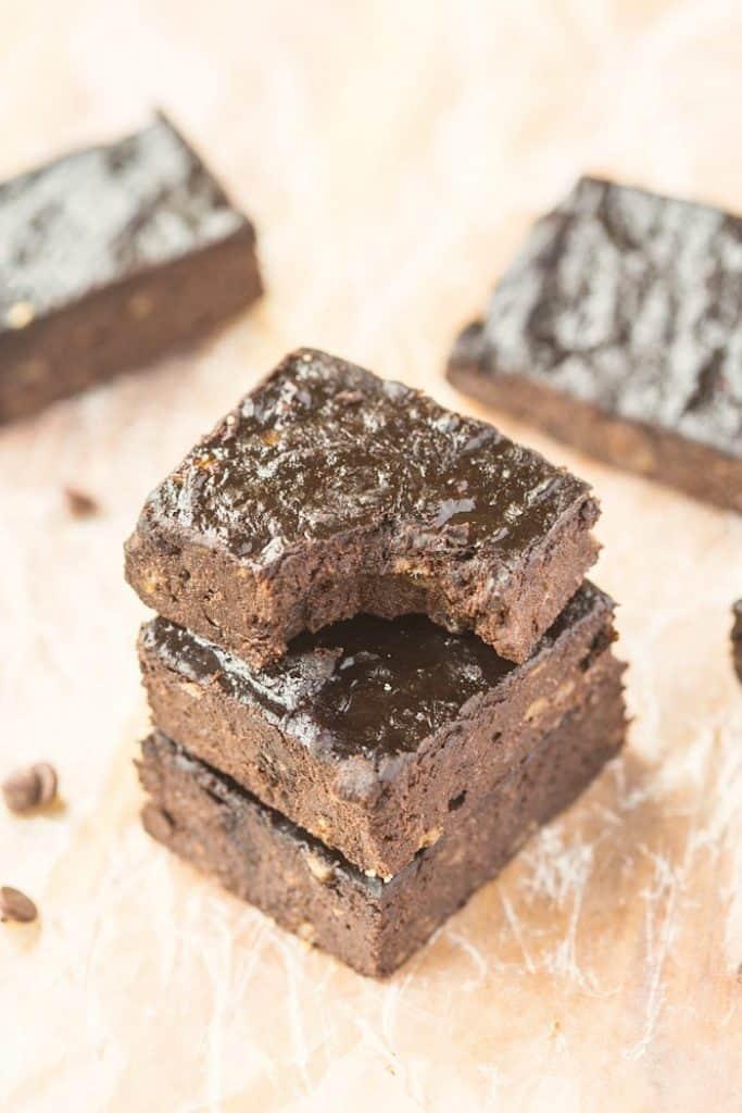 three-ingredient-flourless-brownies-7