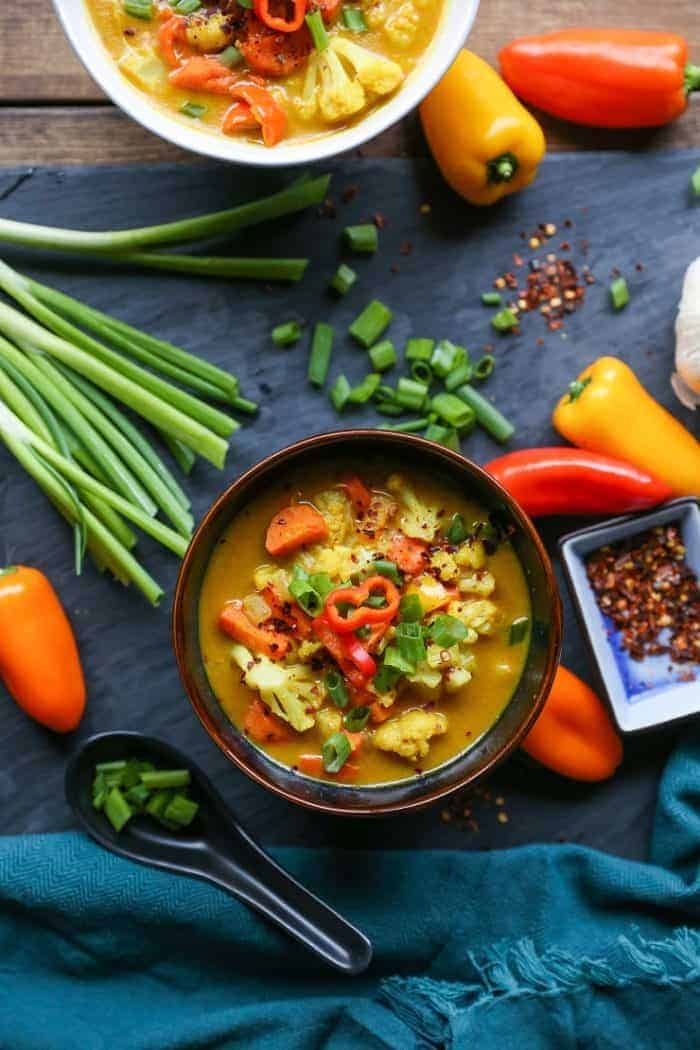 coconut_curry_vegetable_soup_vegan-700x1050