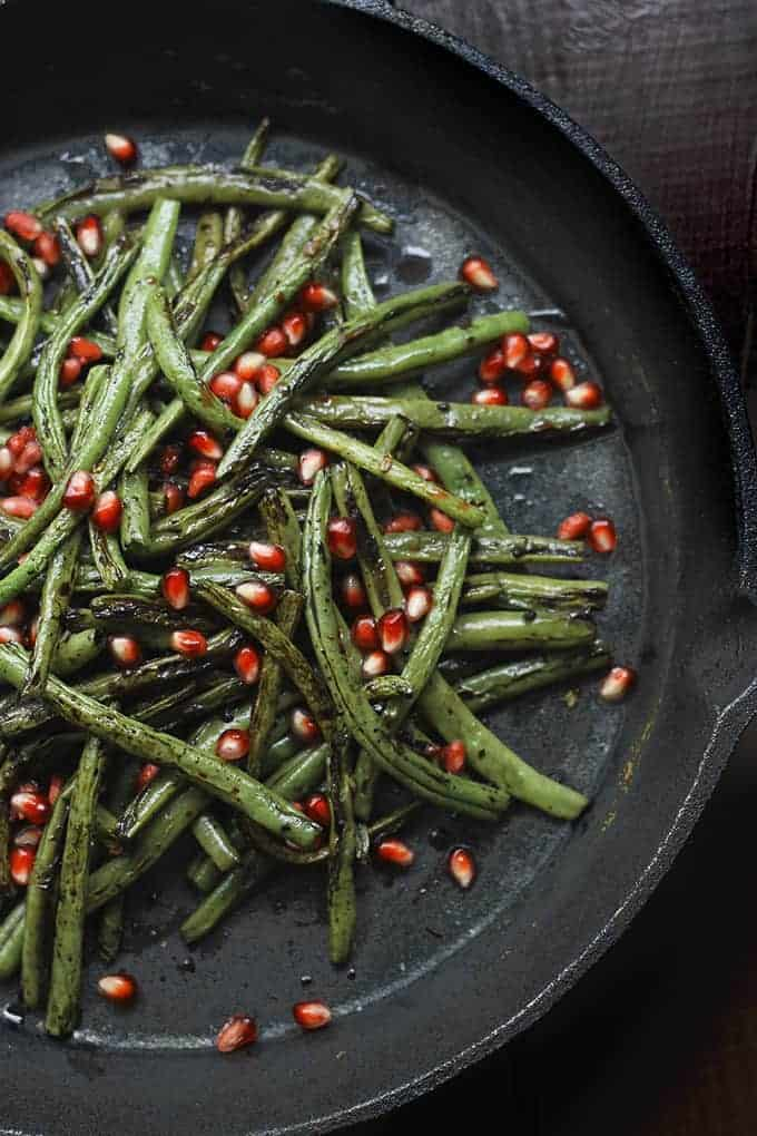 Charred-Green-Beans-with-Garlic-and-Pomegranate-Seeds-2