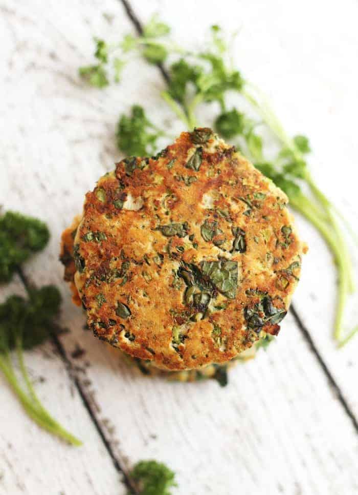 Super easy, delicious, and healthy wild Kale Broccoli Salmon Burgers packed with flavor and veggies.