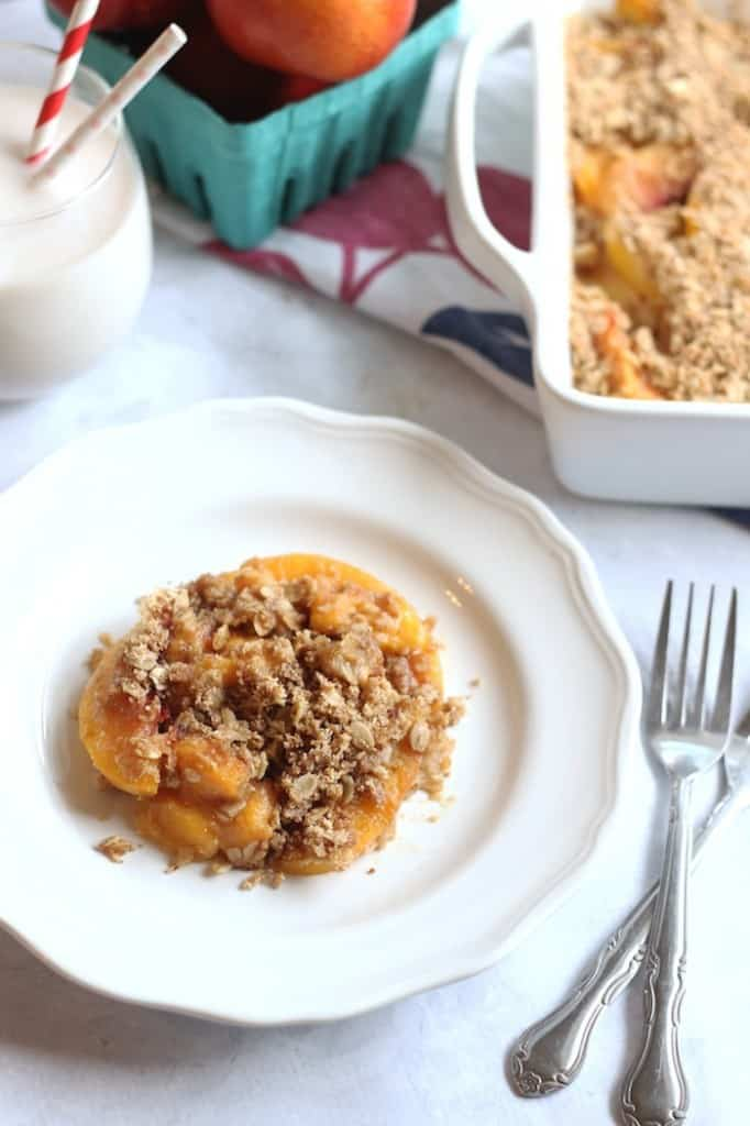 Easy Healthy Peach Crisp #vegan #glutenfree