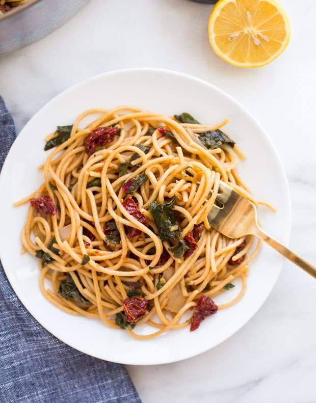 One-Pot-Lemon-Pasta-with-Sundried-Tomatoes-and-Greens-__thumb