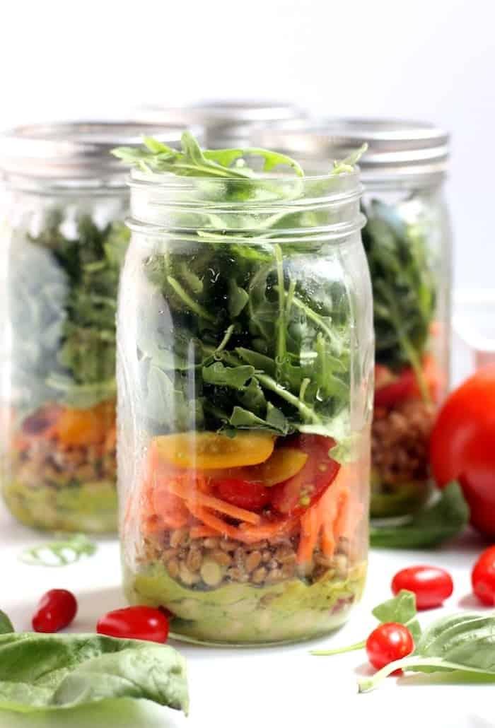 White Bean, Basil, and Arugula Mason Jar Salad from Hummusapien