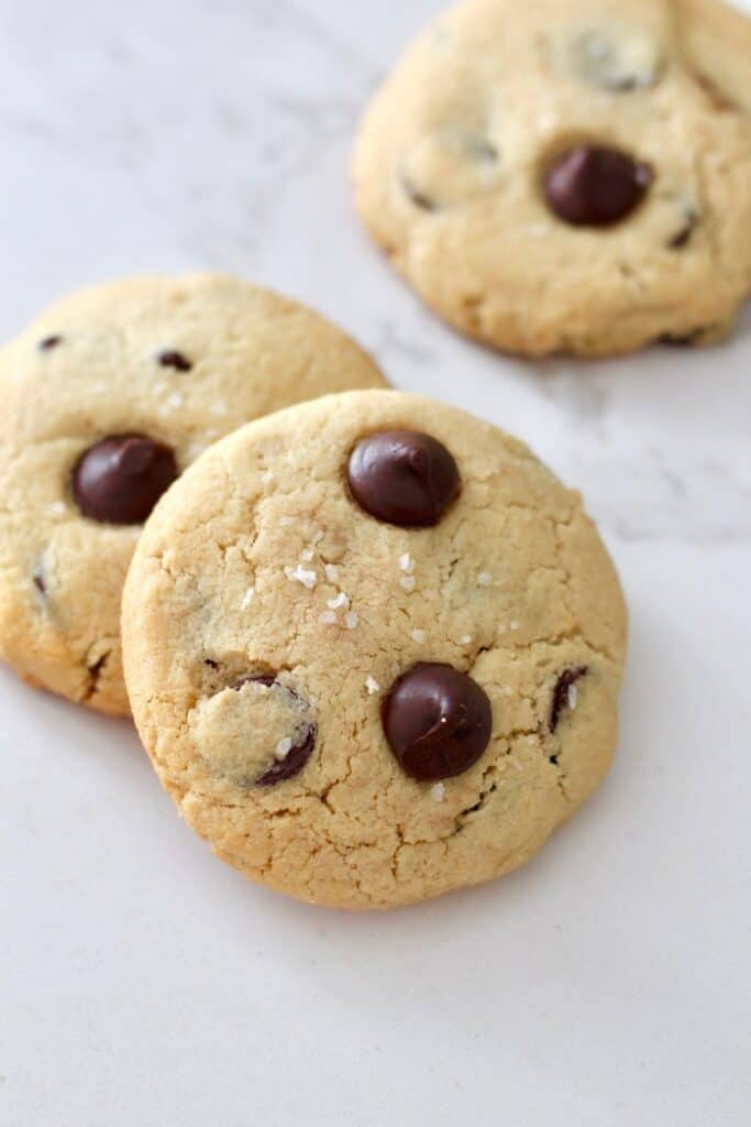 Amazing Almond Flour Chocolate Chip Cookies