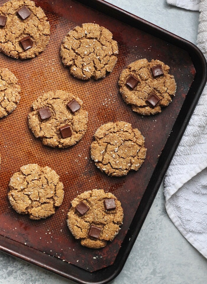 Irresistibly soft and chewy Healthy Ginger Molasses Cookies made in 1 bowl! Packed with ginger spice, these will be your new favorite holiday cookie. Vegan and gluten-free!