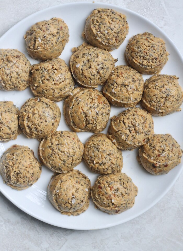 These barely sweet 5-Ingredient Peanut Butter Chia Balls are the ultimate satisfying snack that's low in sugar! Vegan and gluten-free.