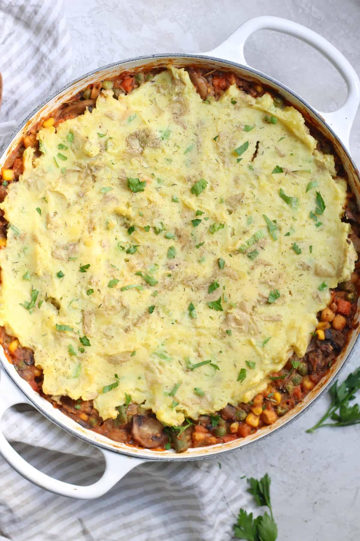 white pan of shepherd's pie